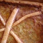 Torta salata pesto, panna e prosciutto