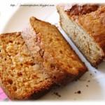 Cake con miele e pinoli