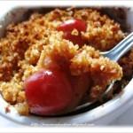 Crumble di ciliegie alla cannella