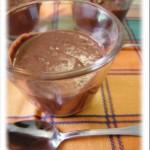 Budini semplicissimi al cioccolato e nocciole