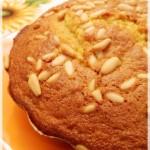 Voglio un raggio di sole…torta all'olio d'oliva e succo d'arancia con pinoli, di Tessa Kiros