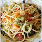 Spaghettoni ai broccoli, pomodorini e gamberoni