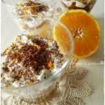 Coppette di panettone con crema di ricotta profumate all'arancia e cioccolato