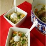 Salutiamoci…orzotto colorato con fave, verdurine e yogurth greco