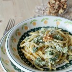 Bigoli cremosi al formaggio, noci e broccoletti