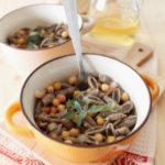 Gnocchetti di grano saraceno ai ceci e pancetta, profumati alla salvia