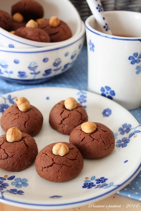biscotti alla nocciolata