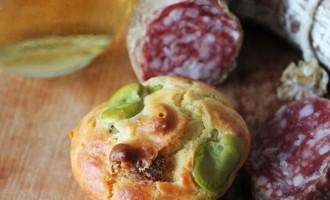 muffins salati alle fave e salame