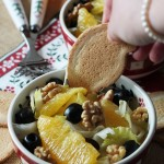 Insalata belga, con arance, noci e olive nere