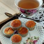 Mini muffins alle mele, cannella e sciroppo d'acero