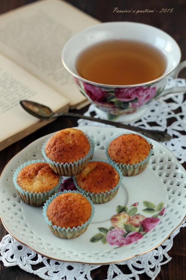 mini muffins alla mela, cannella e sciroppo d'acero