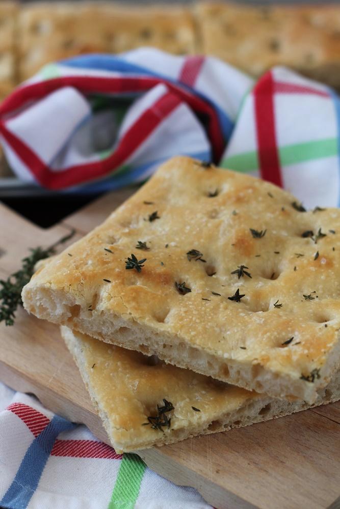 Focaccia al timo con esubero di Pasta Madre.JPG -1