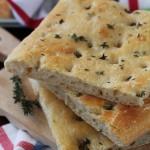 Focaccia al timo con esubero di Pasta Madre