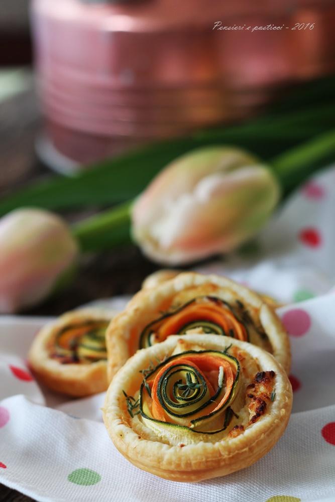 mini quiches salate alle carote e zucchine novelle, profumate al timo 2
