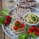 Mousse di ceci, basilico e semi – ricetta vegana