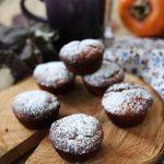 Mini muffins ai cachi e noci