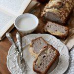 Cake allo yogurt di soia con mandorle e mele, senza uova, ricetta vegana
