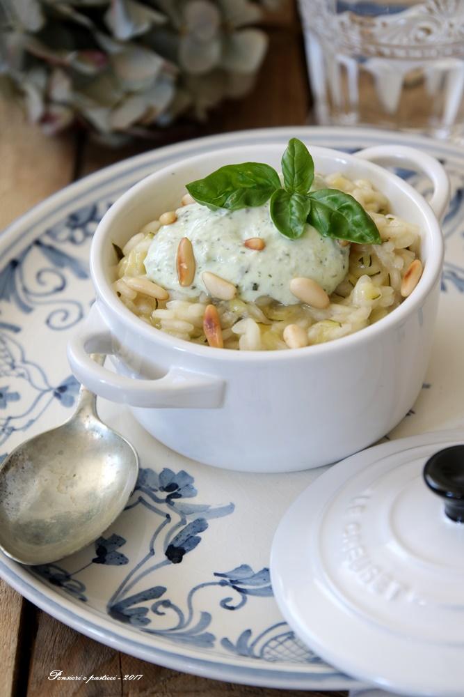 risotto alle zucchine con crema di ricotta basilico e pinoli