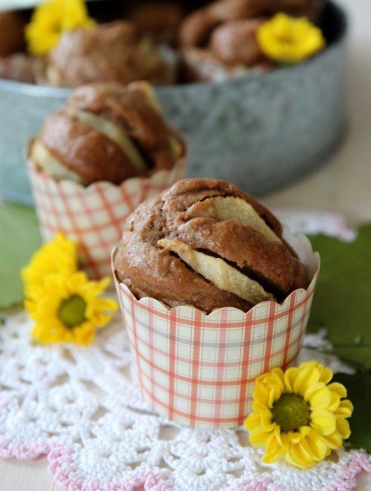 Muffins al cacao e pere senza uova