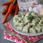 Gnocchetti ai ciuffi di carota e ricotta