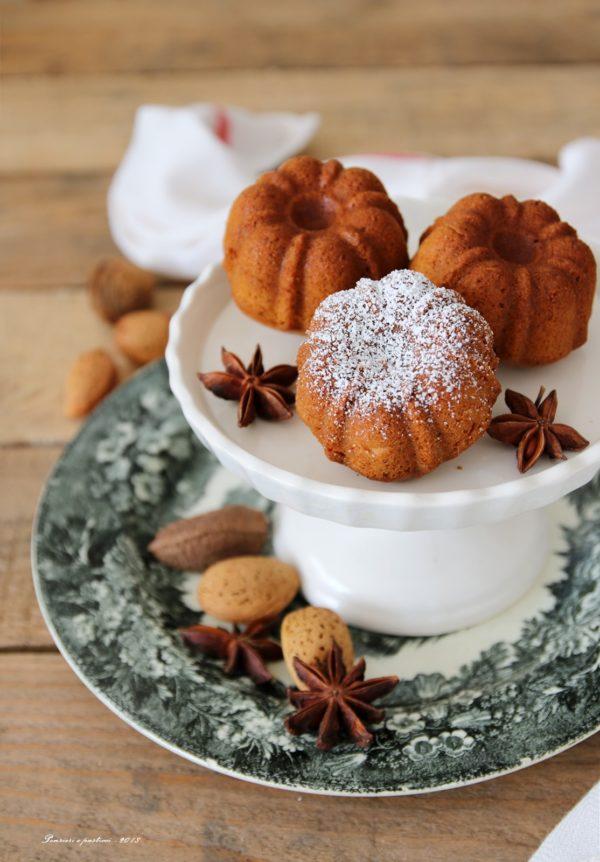mini bundt cakes al farro, zucca e spezie chai