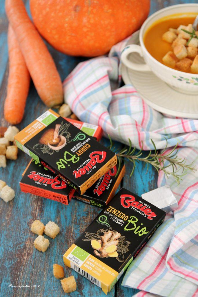 vellutata di carote con zucca e zenzero