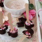 Cioccolata calda su stecco per San Valentino