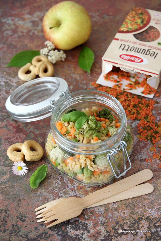 Legumotti e verdurine in insalata