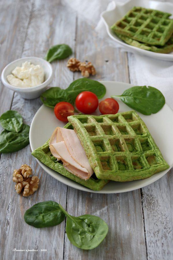 waffels salati agli spinacini