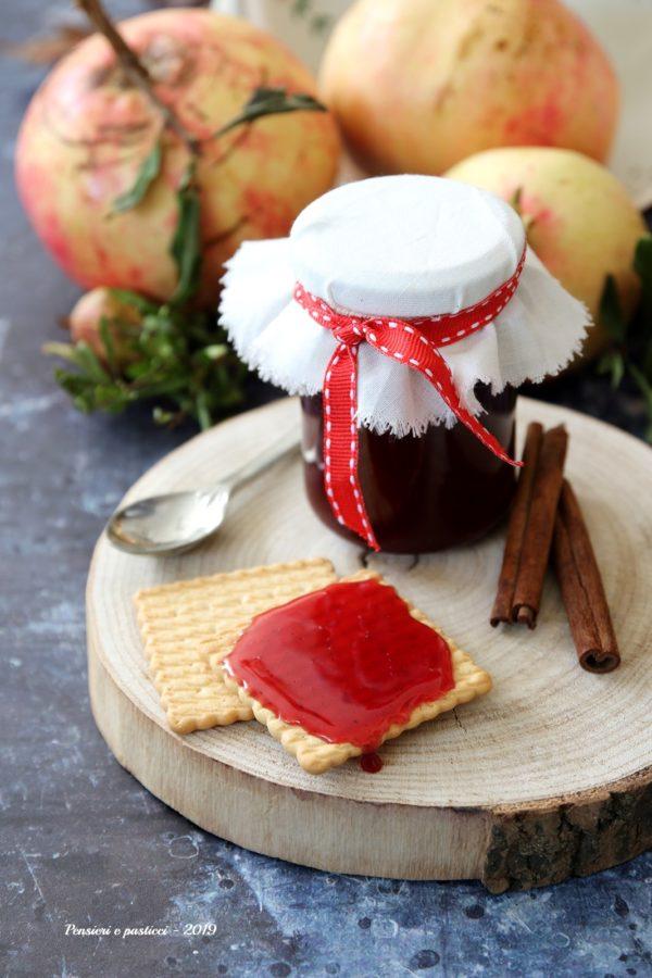 gelatina alla melagrana e cannella