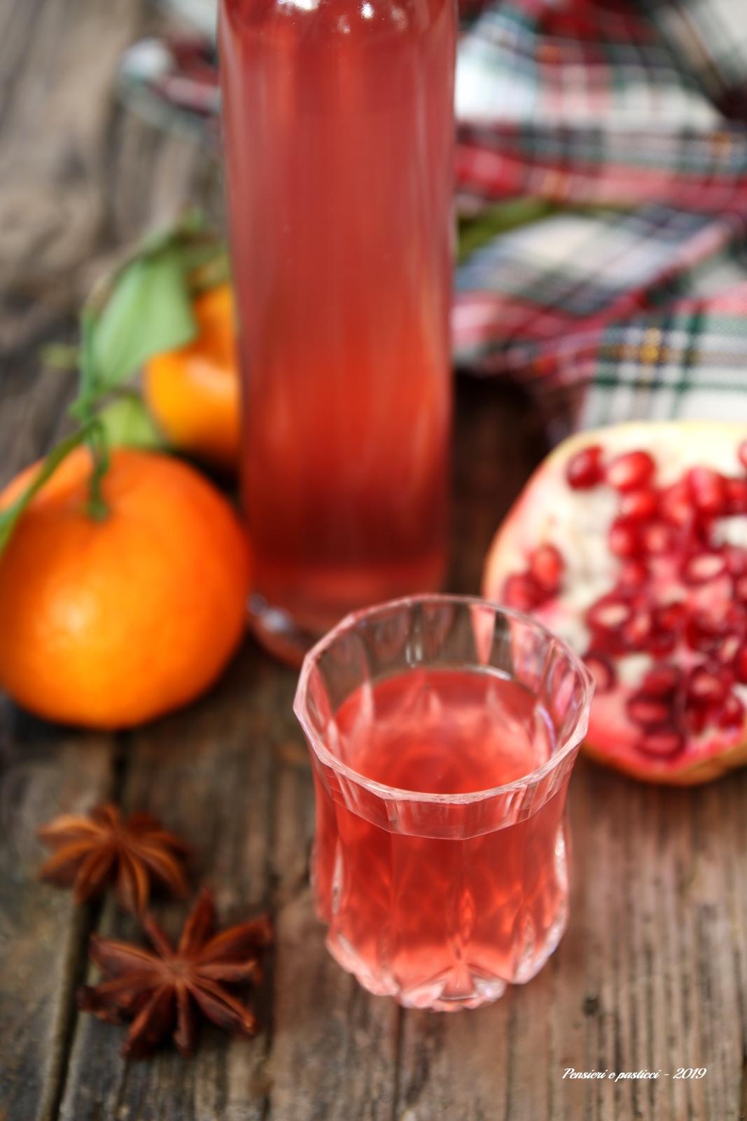 liquore alla melagrana agrumi e spezie