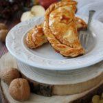 Empanadillas mele e noci, saccottini dolci spagnoli