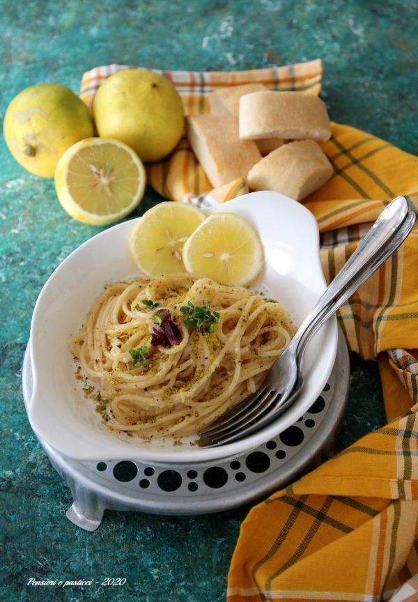 spaghetti al bergamotto e pistacchi