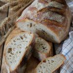 Pane cotto in pentola con licoli