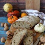 Pane con zucca e noci a lievitazione naturale