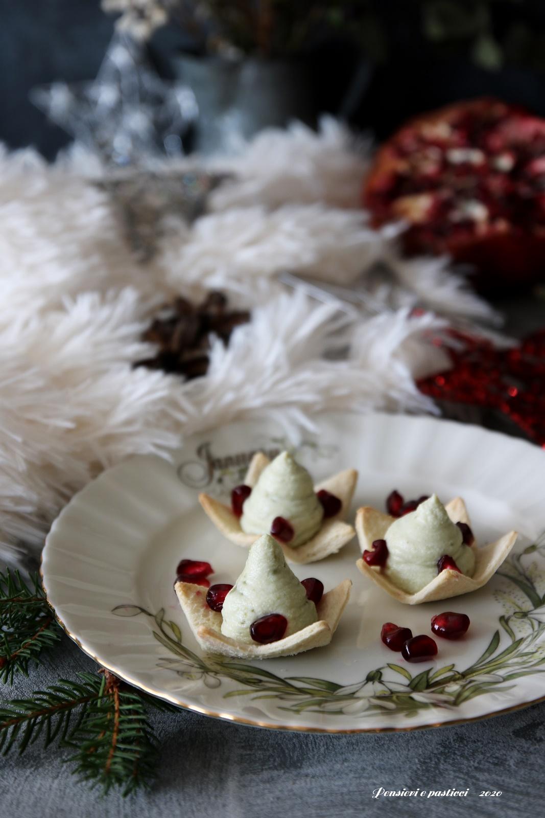 alberelli dolci finger food al pistacchio e melagrana