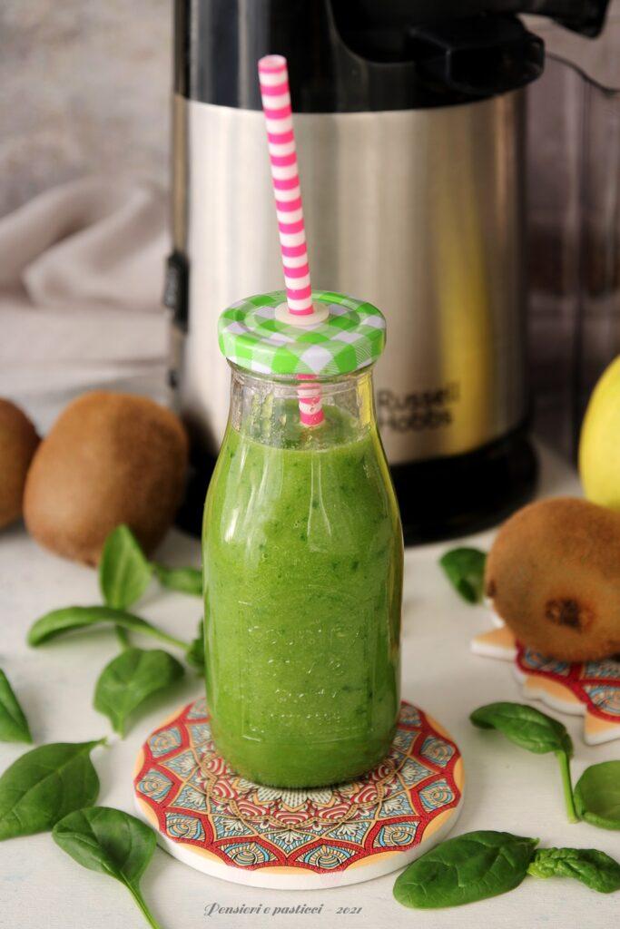 estratto energizzante agli spinaci e kiwi