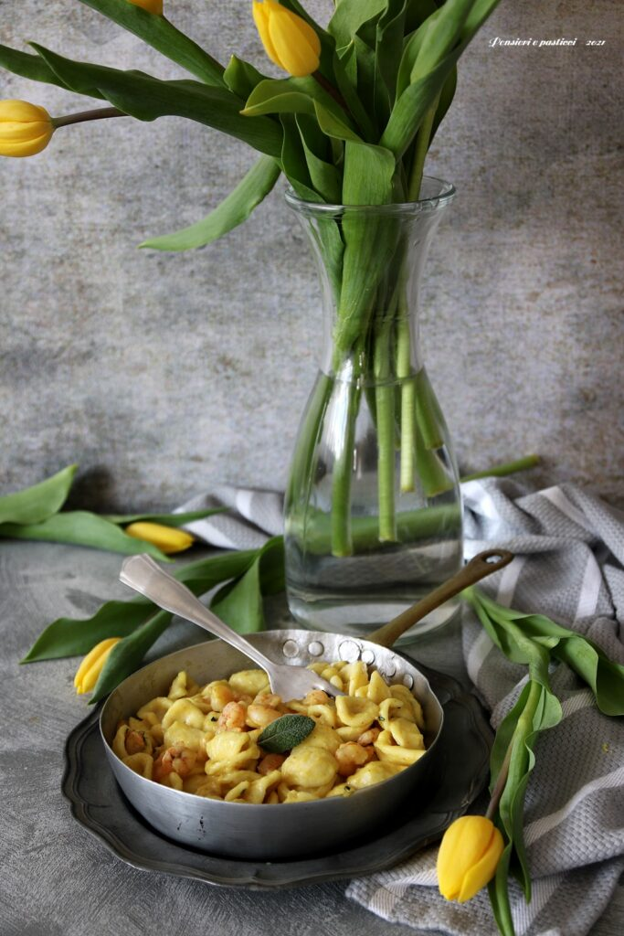 orecchiette al curry gamberetti e menta