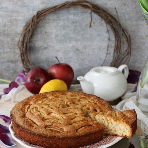 torta soffice alle mele e cocco