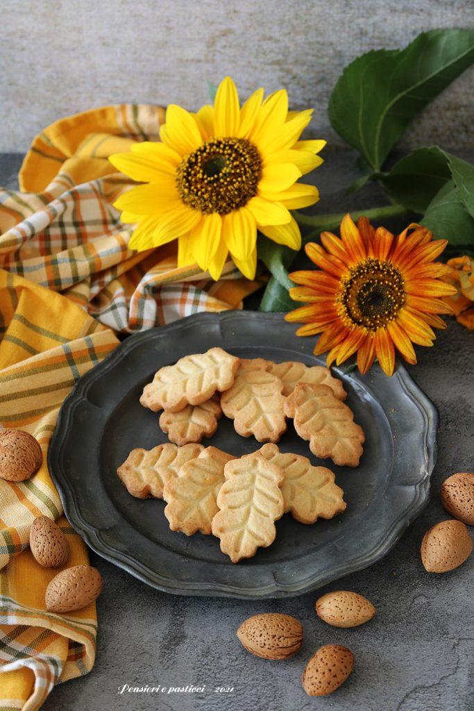 biscottini di frolla alle mandorle